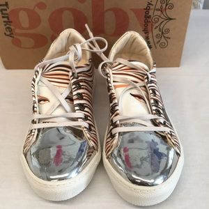 Goby shoes size 6 Go Wild